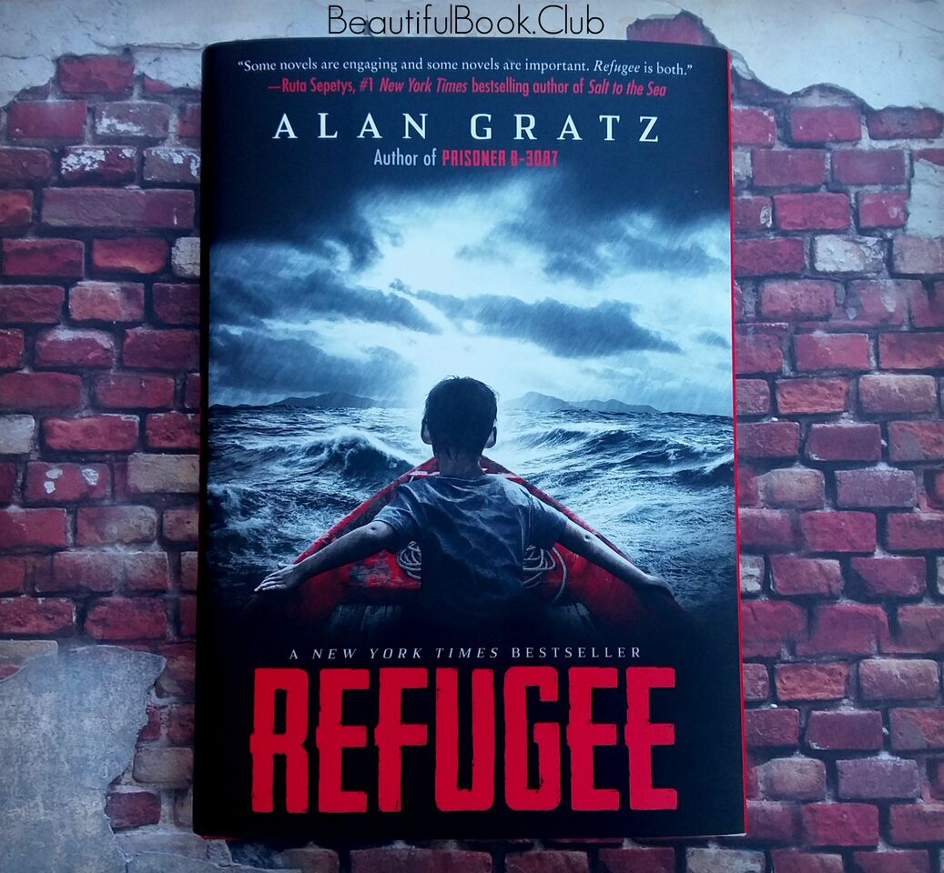 Refugee by Alan Gratz front cover